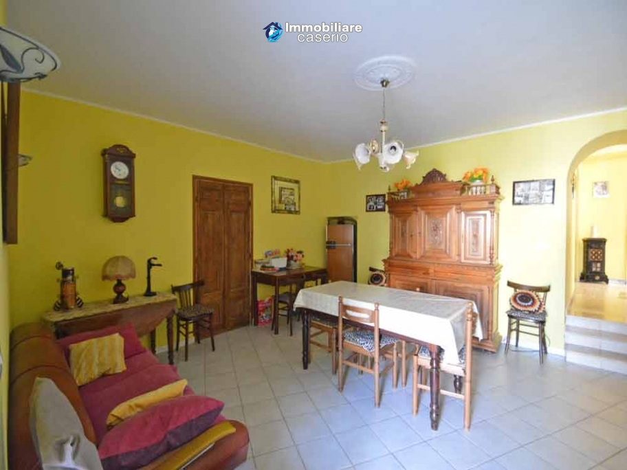 Renovated house with terrace and garden near the Adrtiatic sea for sale in Mafalda