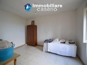 Buying a house with garden and sea view for sale in Molise, village Mafalda 10