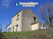 Country stonehouse with land for sale in Guilmi 1