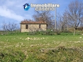 Stone cottage with land for sale in Guilmi, Abruzzo 2