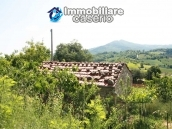 Stone cottage with land for sale in Guilmi, Abruzzo 4