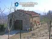 Stone cottage with land for sale in Guilmi, Abruzzo 8