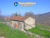 Stone cottage with land for sale in Guilmi, Abruzzo 9