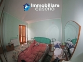 Stone villa habitable for sale in Roccavivara, Campobasso, Molise, Italy 14