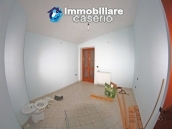 Stone villa habitable for sale in Roccavivara, Campobasso, Molise, Italy 17
