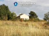 Country house with land in Salcito 1