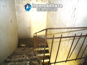 Farmhouse to renovate with 10 acres for sale in Carpineto Sinello, Abruzzo 12