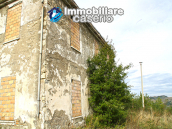 Farmhouse to renovate with 10 acres for sale in Carpineto Sinello, Abruzzo 5