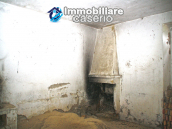 Farmhouse to renovate with 10 acres for sale in Carpineto Sinello, Abruzzo 6
