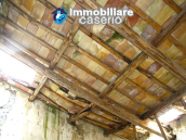 Farmhouse to renovate with 10 acres for sale in Carpineto Sinello, Abruzzo 9