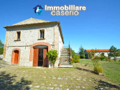 Lovely country house with land and view in Abruzzo!! 5