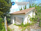 Country house surrounded by greenery with hilly views for sale in Molise 10