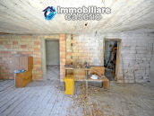 Country house surrounded by greenery with hilly views for sale in Molise 13