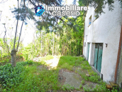 Country house surrounded by greenery with hilly views for sale in Molise 2