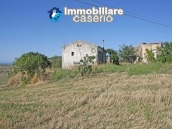 Country house with land in Montenero di Bisaccia 14