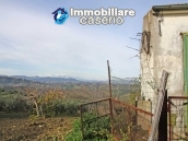 Country house with land in Montenero di Bisaccia 4