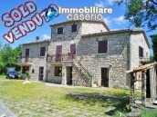 Stone house for sale with land in Bagnoli del Trigno, Molise 1