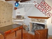 Ancient  stone house with wooden ceilings for sale in Carunchio, Abruzzo 1