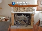 Ancient  stone house with wooden ceilings for sale in Carunchio, Abruzzo 3