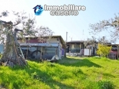 Country house for sale with land in Montenero di Bisaccia, Campobasso, Molise 2