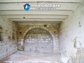 Stone country house with land for sale in Schiavi di Abruzzo, Italy 11