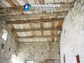 Stone country house with land for sale in Schiavi di Abruzzo, Italy 19