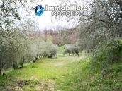 Stone country house with land for sale in Schiavi di Abruzzo, Italy 25