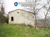 Stone country house with land for sale in Schiavi di Abruzzo, Italy 9