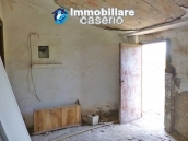 Country house for sale with land in Marina di Chieuti, Foggia, Puglia 12