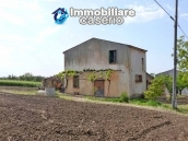 Country house for sale with land in Marina di Chieuti, Foggia, Puglia 2