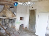 Country house for sale with land in Marina di Chieuti, Foggia, Puglia 6