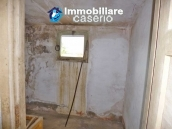 Country house for sale with land in Marina di Chieuti, Foggia, Puglia 9