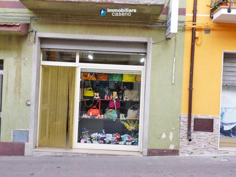 Commercial unit for sale in Montenero di Bisaccia, Campobasso, Molise