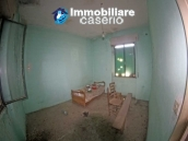 Country house with land and olivetrees in Mafalda, Campobasso, Molise 6