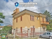 Wonderful property, Villa of 1950 for sale in Alanno, Abruzzo 1