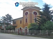 Wonderful property, Villa of 1950 for sale in Alanno, Abruzzo 3