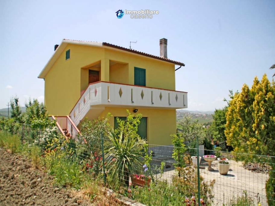 Country house for sale in Montenero di Bisaccia, Molise