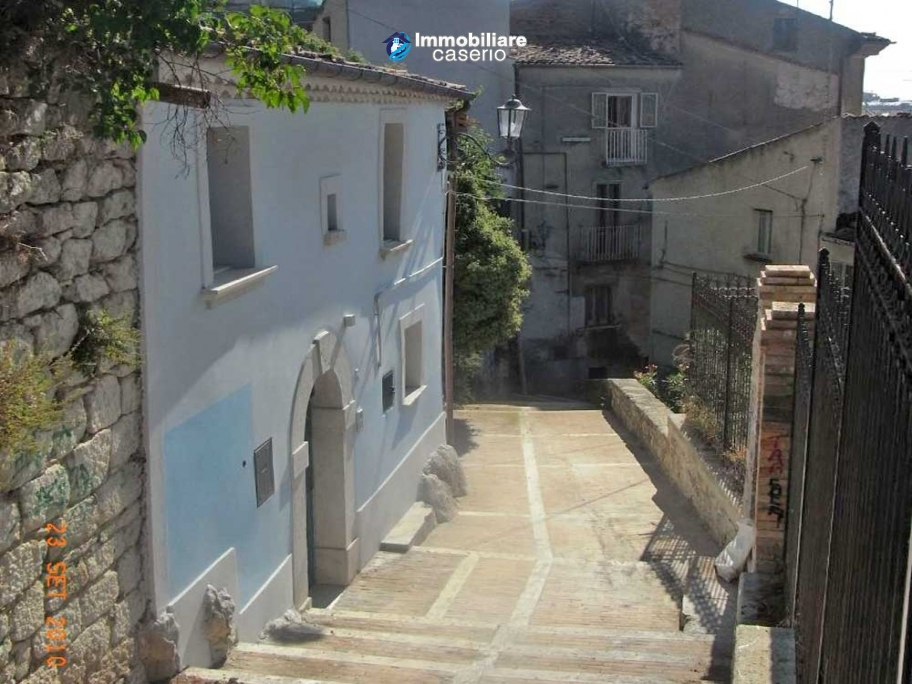 Nice house for sale in the town of Campobasso, Molise