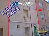 Town house for sale in the centre of Petrella Tifernina, Molise 1