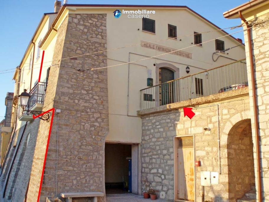 Nice stone town house in the Abruzzo's mountains