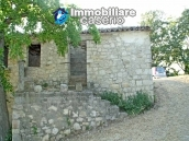 Stone house for sale in wonderful location in Abruzzo's hills 3