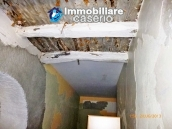 Town house for sale to renovate in Montnero di Bisaccia, Molise 12