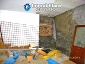 Town house for sale to renovate in Montnero di Bisaccia, Molise 9