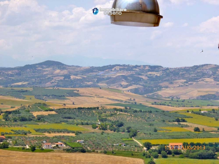 Town house for sale to renovate in Montnero di Bisaccia, Molise
