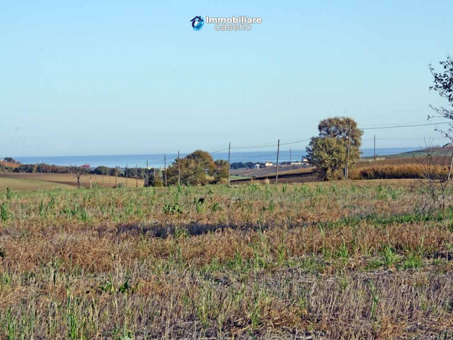Building land with sea view for sale in Montenero di Bisaccia, Molise, Italy