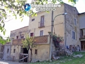 Rustic farmhouse for sale in Torricella Peligna 1