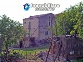 Rustic farmhouse for sale in Torricella Peligna 2