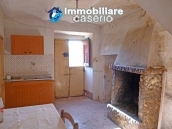 Rustic farmhouse for sale in Torricella Peligna 3