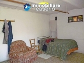 Rustic farmhouse for sale in Torricella Peligna 4