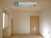 Rustic farmhouse for sale in Torricella Peligna 5